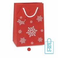 Papieren geschenktas kerst bedrukken, geschenktas sneeuwvlokken, geschenktasjes bedrukt, kerst tasjes bestellen, cadeau tasjes kerst