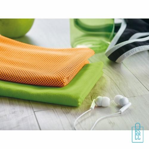 Sporthanddoek goedkoop bedrukken oranje gr, sporthanddoek bedrukt, sporthanddoek met logo