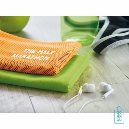 Sporthanddoek goedkoop bedrukken sfeer, sporthanddoek bedrukt, sporthanddoek met logo