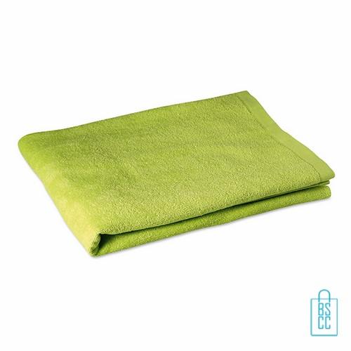 Sporthanddoek groot bedrukken groen, sporthanddoek bedrukt, sporthanddoek met logo