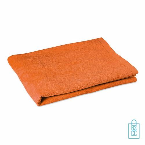 Sporthanddoek groot bedrukken oranje, sporthanddoek bedrukt, sporthanddoek met logo
