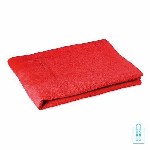Sporthanddoek groot bedrukken rood, sporthanddoek bedrukt, sporthanddoek met logo