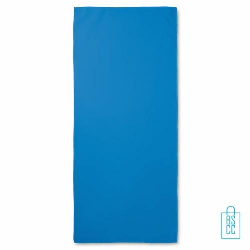 Sporthanddoekje bedrukken blauw fitness, sporthanddoek bedrukt, sporthanddoek met logo