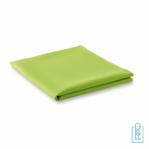 Sporthanddoekje bedrukken goedkoop groen, sporthanddoek bedrukt, sporthanddoek met logo