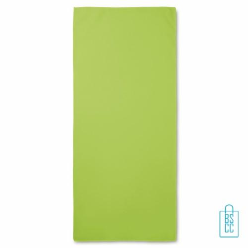 Sporthanddoekje bedrukken groene kleur, sporthanddoek bedrukt, sporthanddoek met logo