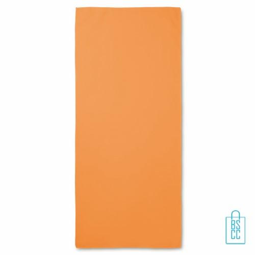 Sporthanddoekje bedrukken oranje kleur, sporthanddoek bedrukt, sporthanddoek met logo