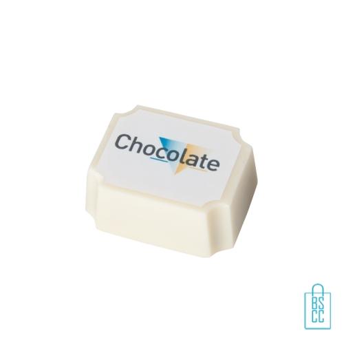 Bonbon hazelnoot praline witte chocolade bulk bedrukken rechthoek, chocola bedrukken